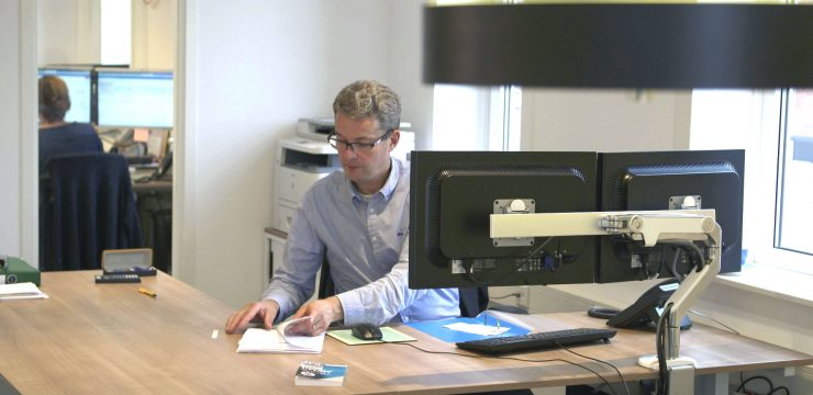 accountant Roland Visser doet de ZZP administratie